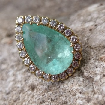 INEL VICTORIAN QUEEN EMERALD RING